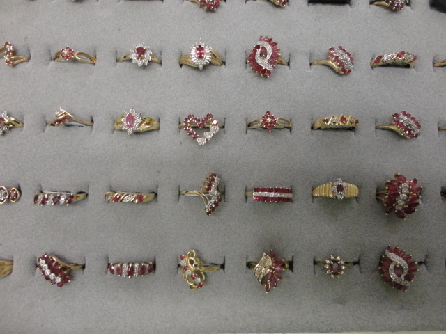 Complete Liquidation Jewelry and Furnishing Auction of Hallwoods Jewelry in our Gallery- Diamonds, Gold, Silver, Equipment, Gifts, Displays, Safe and much more - 15179.jpg