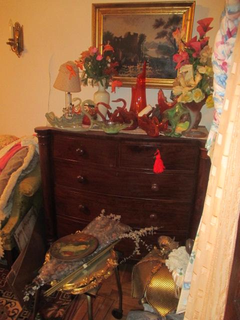 Large Antiques Living Estate Auction, Bristol TN - IMG_1053.JPG