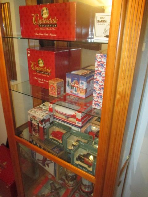 John Cole Estate Auction-Tools. Knives, Toys, Trains, Guns and More Elizabethton - IMG_2577.JPG