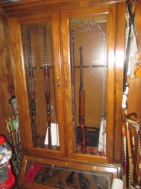 John Cole Estate Auction-Tools. Knives, Toys, Trains, Guns and More Elizabethton - IMG_2582.JPG