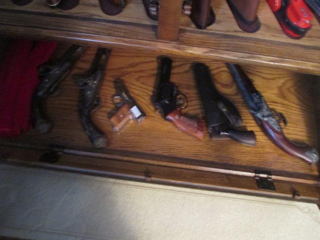 John Cole Estate Auction-Tools. Knives, Toys, Trains, Guns and More Elizabethton - IMG_2947.JPG