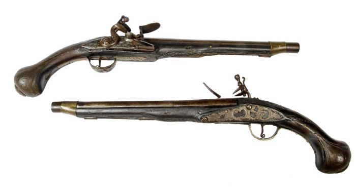 A Philadelphia Antique Curiosity Gun , Sword, and Cane Curiosa  Collection Estate Auction  - dueling_pair.jpg