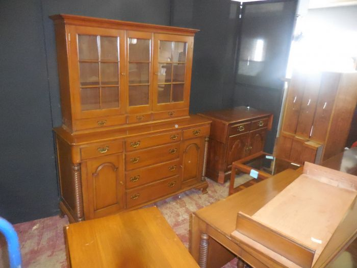 Sunday Afternoon Estates Auction 1:00 - DSCN2335.JPG
