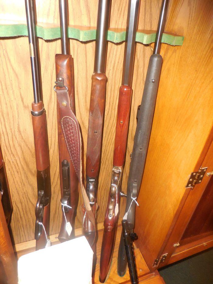 Roy Carter Estate Auction- Fine pistols, Long Guns, Custom Knives, Ammo and more - DSCN2586.JPG