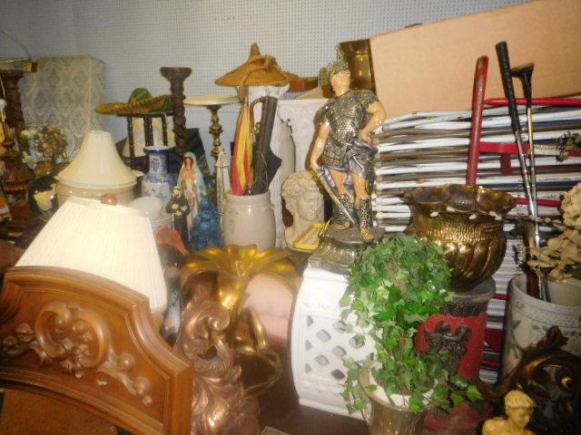 Labor Day Monday Estates- Dont Miss this auction- Unbelievable  - DSCN0679.JPG