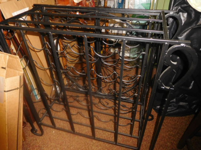 Labor Day Monday Estates- Dont Miss this auction- Unbelievable  - DSCN0688.JPG