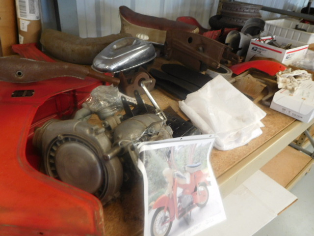Century Enterprises- Autos and Parts- Motor Bikes- Advertising- Engines-Office items and More-Piney Flats, Tn - DSCN0889.JPG