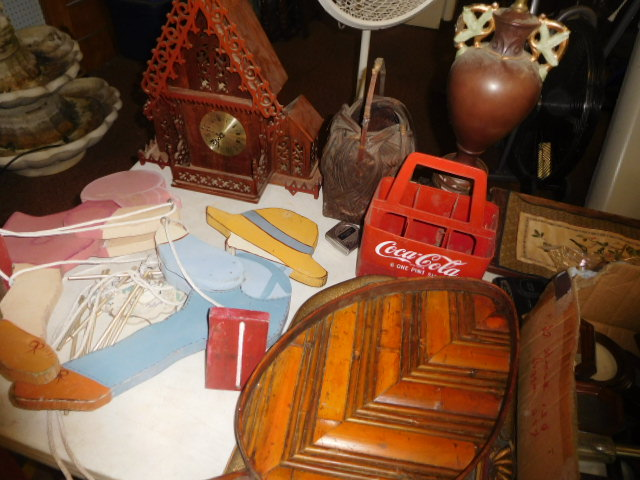 Estate Auction with some cool items - DSCN1939.JPG