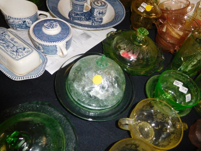 California Estate plus a Lifetime Depression Glass Collection - DSCN2560.JPG