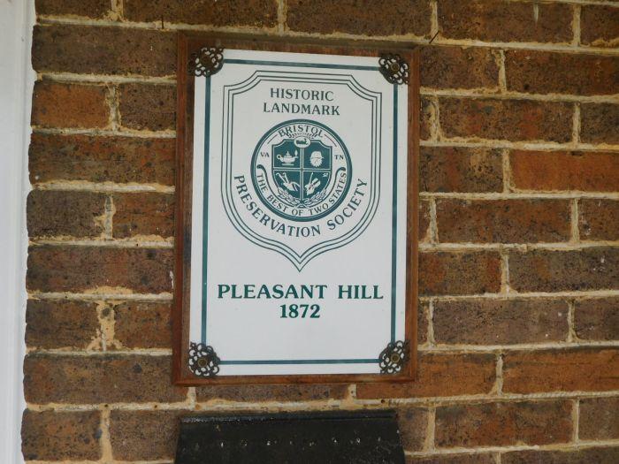 Pleasant Hill Bristol Va. and its Contents - DSCN2702.JPG