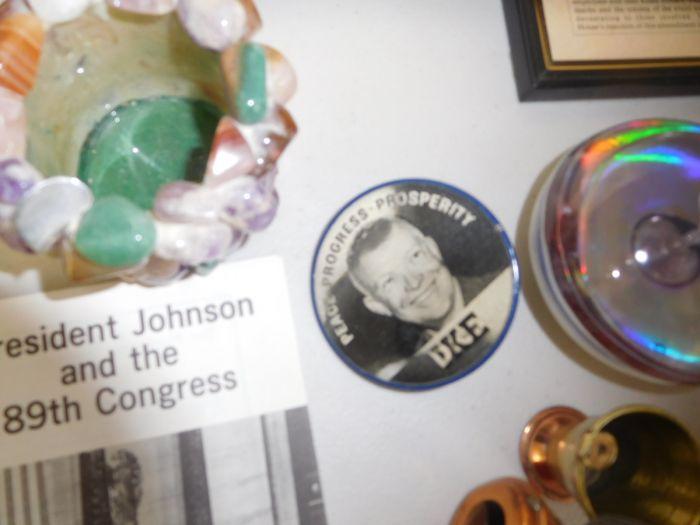 Estates Auction Johnson City - DSCN2948.JPG