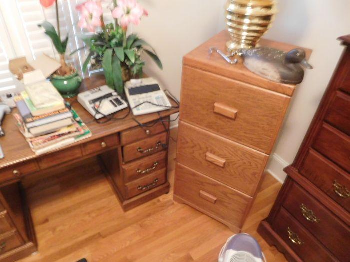 Lou M. Fox Baskett Estate  Auction  - DSCN2879.JPG