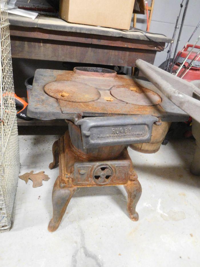 Lou M. Fox Baskett Estate  Auction  - DSCN2881.JPG