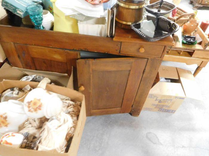 Lou M. Fox Baskett Estate  Auction  - DSCN2886.JPG