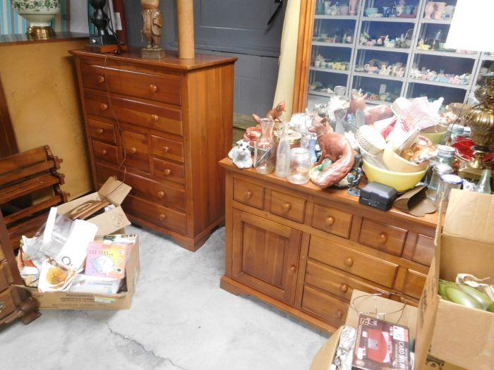 Lou M. Fox Baskett Estate  Auction  - DSCN2889.JPG