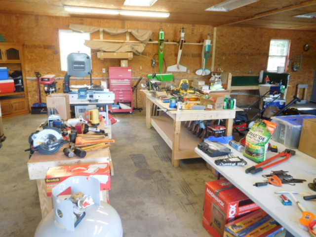 Tools, Furniture, and Radio Controlled Airplanes and More - DSCN3268.JPG