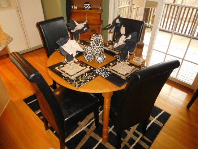 Bob Settle Estate and Regina Settle Living Estate Auction - DSCN5551.JPG