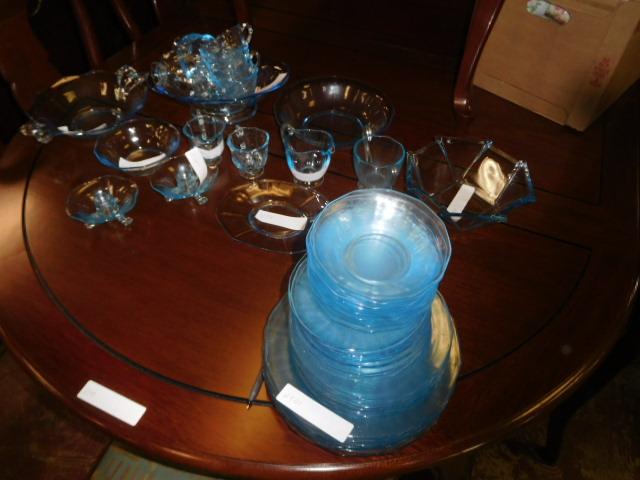 Estates and Antiques auction - DSCN5832.JPG
