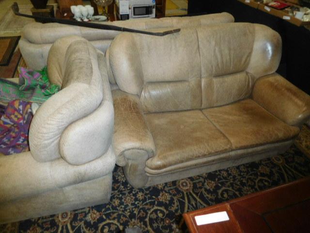Estates and Antiques auction - DSCN5835.JPG