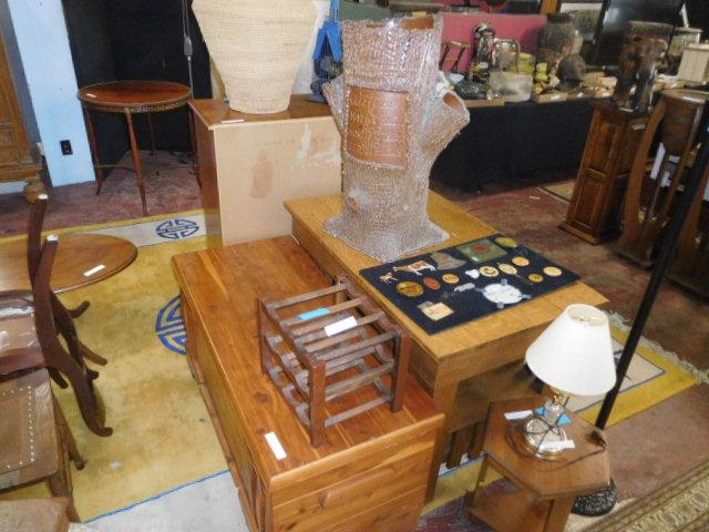 Estates and Antiques auction - DSCN5840.JPG