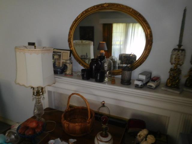 Living Estate Antiques, Household and Real Estate - DSCN6552.JPG
