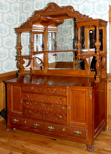 Historic Robins Roost American Queen Anne House, Antiques, Contents The Etta Mae Love Estate - 23_1.jpg