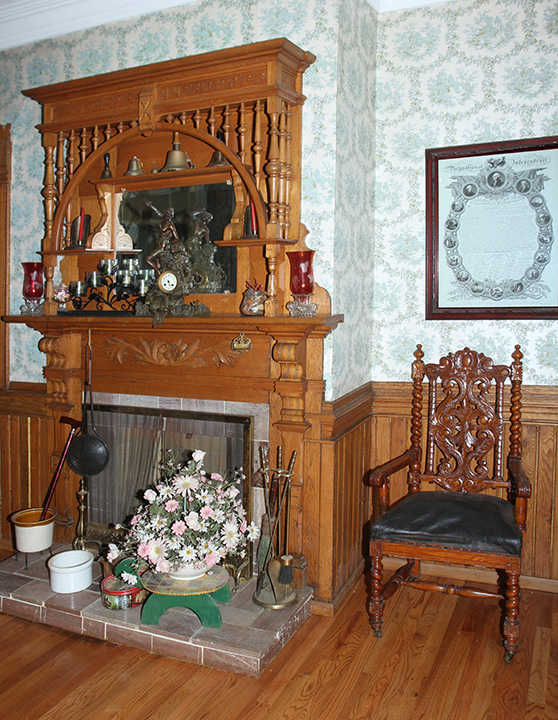 Historic Robins Roost American Queen Anne House, Antiques, Contents The Etta Mae Love Estate - JP_5306.jpg