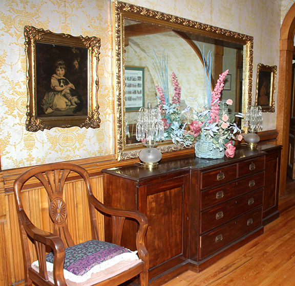 Historic Robins Roost American Queen Anne House, Antiques, Contents The Etta Mae Love Estate - JP_5332.jpg