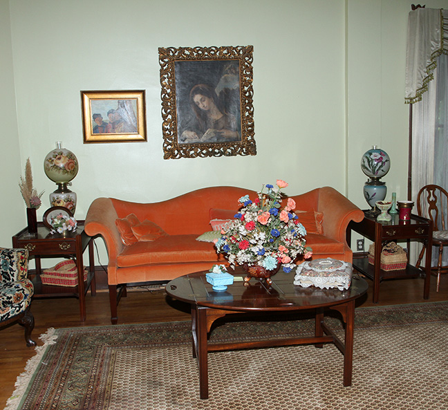 Historic Robins Roost American Queen Anne House, Antiques, Contents The Etta Mae Love Estate - JP_5392.jpg
