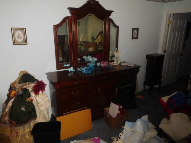 Armetta Blevins Hunigan Estate Auction - DSCN7646.JPG
