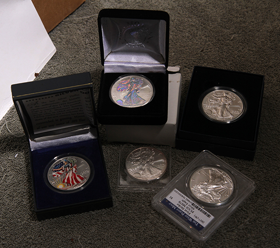 Large  Coins, Gold , Silver Living Estate Auction - 86_1.jpg