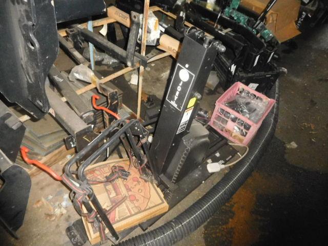 Doozy Camper Top and Automotive Surplus Auction - DSCN9681.JPG