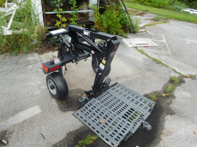 Doozy Camper Top and Automotive Surplus Auction - DSCN9696.JPG