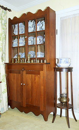 Ike and Mary Robinette Estate Auction Kingsport Tennessee   - JP_2389.jpg