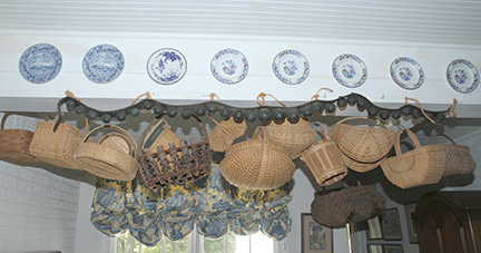 Ike and Mary Robinette Estate Auction Kingsport Tennessee   - JP_2404.jpg