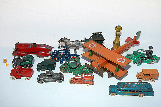 The Dave Berry Toy Auction - 4900.jpg