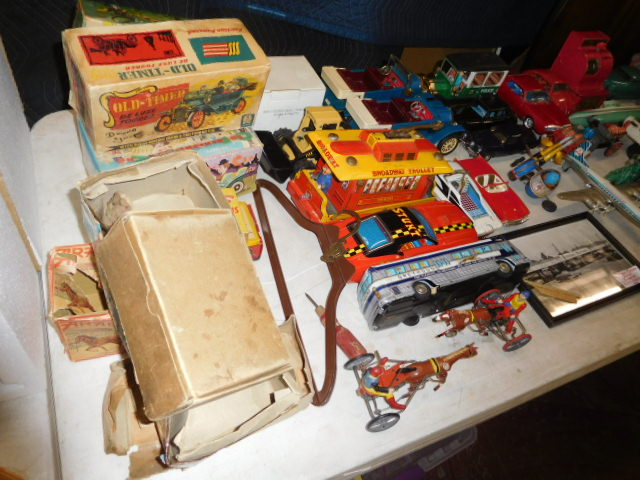 The Dave Berry Toy Auction - DSCN9744.JPG