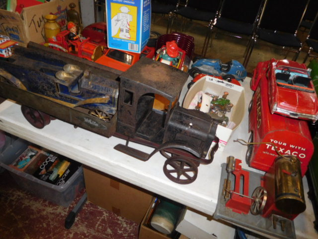 The Dave Berry Toy Auction - DSCN9765.JPG