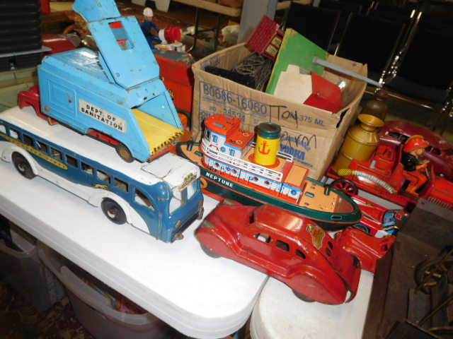 The Dave Berry Toy Auction - DSCN9766.JPG