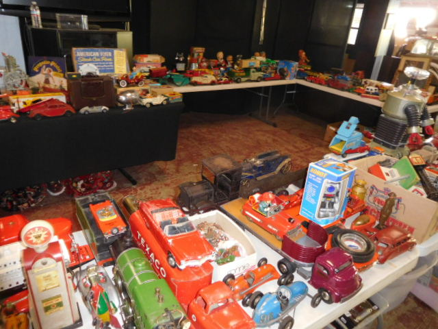 The Dave Berry Toy Auction - DSCN9805.JPG