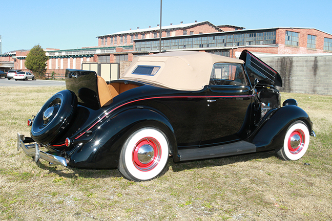 David Berry Estate Auction New Years Day-1935 LaSalle, 1936 Ford, Mascots, Antique Pharmacy items and more - 6127.jpg