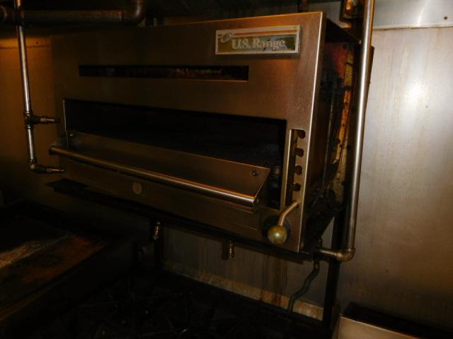 Peerless Restaurant- Furnishings, Kitchen- Architectural--Lighting and More - DSCN0068.JPG