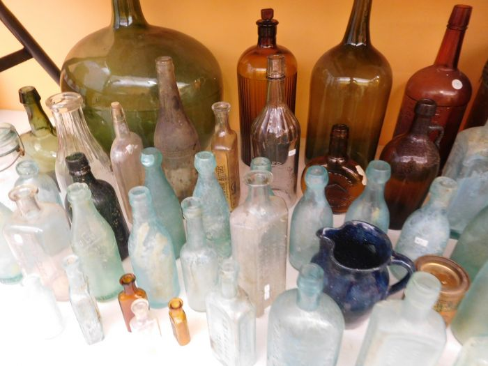 Ralph Van Brocklin Estate- Bottles- Post and Trade cards--Mini Jugs and other advertising - DSCN9639.JPG
