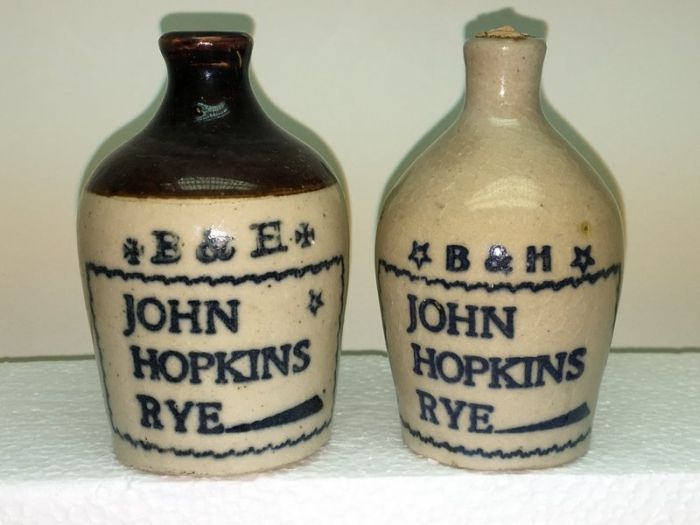 Ralph Van Brocklin Estate- Bottles- Post and Trade cards--Mini Jugs and other advertising - IMG_2632.JPG