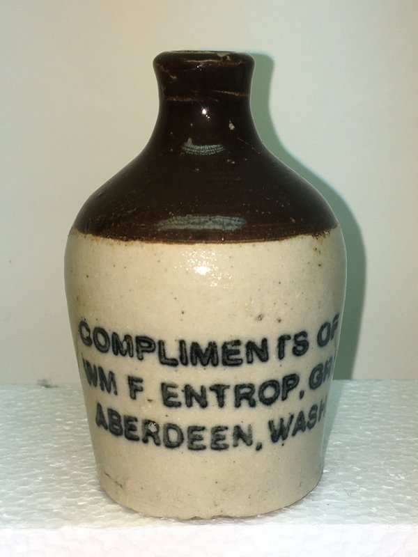 Ralph Van Brocklin Estate- Bottles- Post and Trade cards--Mini Jugs and other advertising - IMG_3060.JPG