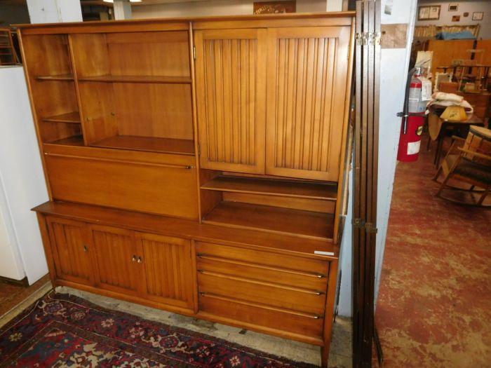 Past Auctions - DSCN9685.JPG