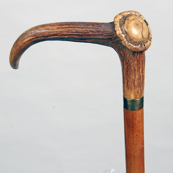 Upscale Cane Collections Auction - 37_1.jpg