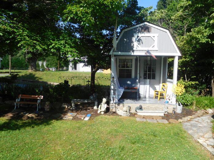 Roger Babb Living Estate Auction  - DSCN0045.JPG