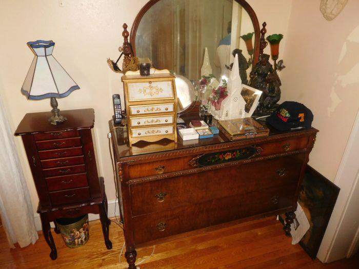 Roger Babb Living Estate Auction  - DSCN0071.JPG