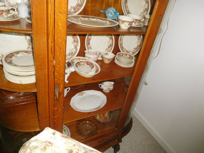 Sonja Fox Estate Auction - DSCN9641.JPG